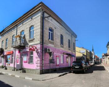 м. Стрий, вул. Валова, 18